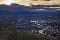 Blick auf den Sonnenuntergang von der Spitze des Mount Sentinel, Missoula, Montana, Usa — Stockfoto