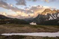 View of a tent while backcountry camping in Devero, in the hearth of italian Alps. Italy — Stock Photo