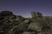 Granite Chief deserto di notte con le stelle sul cielo — Foto stock