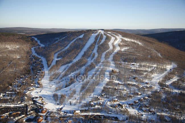 Аэрофотоснимок горнолыжного курорта Тимберлин в Ханаан долина, Западная Вирджиния — стоковое фото