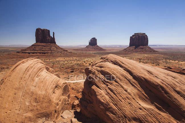 Мальовничим видом Долина монументів, штат Арізона. — стокове фото