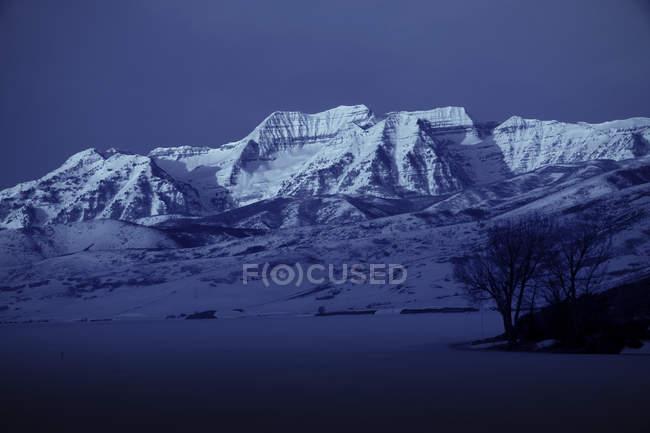 Перегляд Хевер Долина Mt. Timpanogus в штаті Юта — стокове фото