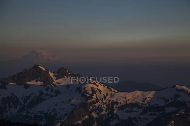 Vista das Cascatas do Parque Nacional do Monte Rainier, Washington, EUA — Fotografia de Stock