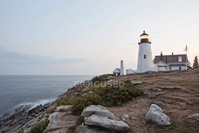Distant view of Pemaquid Point lighthouse, Maine — Stock Photo