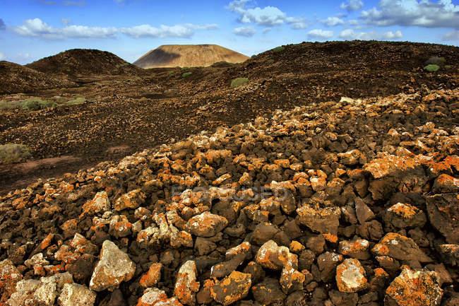 Вулканический ландшафт Исла-де-Лос Лобос, Фуэртевентура, Канарские острова, Испания — стоковое фото