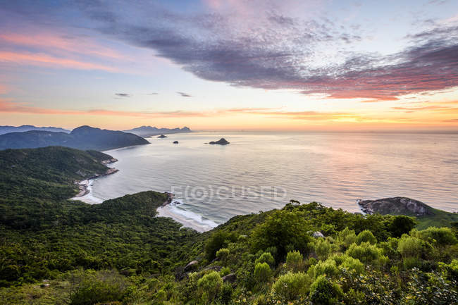 An idyllic view during sunrise from Pedra do Telegrafo in Barra de Guaratiba, Rio de Janeiro, Brazil — Stockfoto