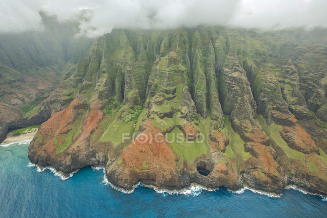 Aerial View Of Na Pali Coast On The Hawaiian Island Of Kauai — Stock Photo