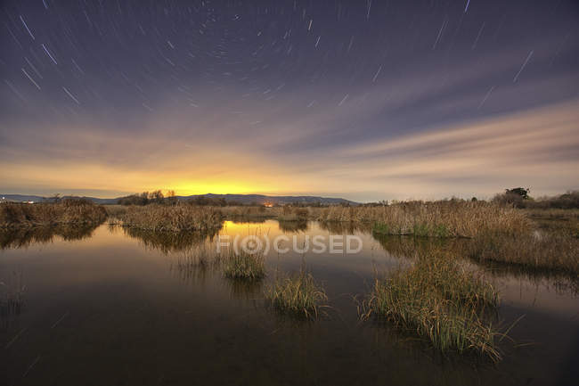 Long exposure star trail in Tablas de Daimiel National Park — Stock Photo
