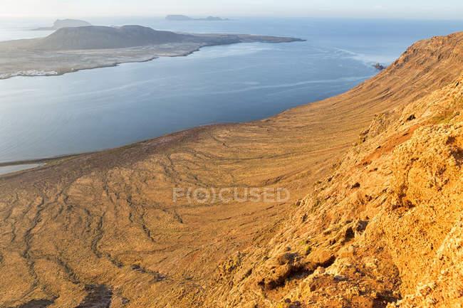Paisagem vulcânica de Lanzarote, La Graciosa, Espanha — Fotografia de Stock