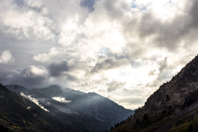 Wolken über Little Cottonwood Canyon — Stockfoto