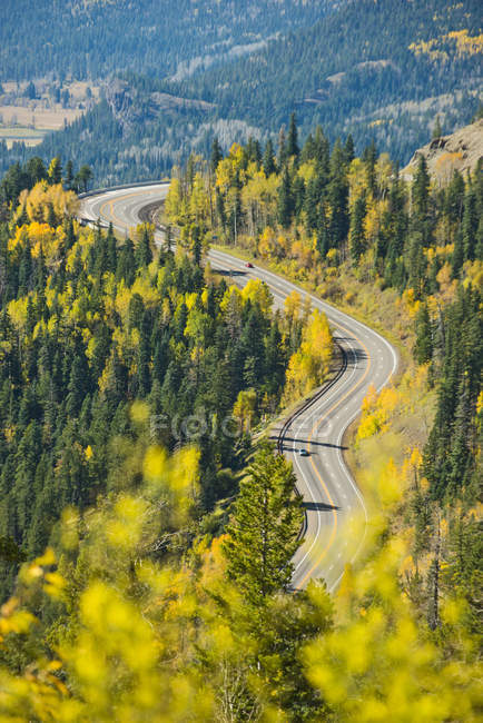 Route de montagne dans le Colorado — Photo de stock