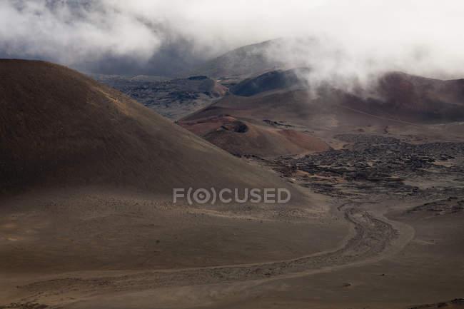Cênica Ver os antigos fluxos de lava na cratera de Haleakala — Fotografia de Stock