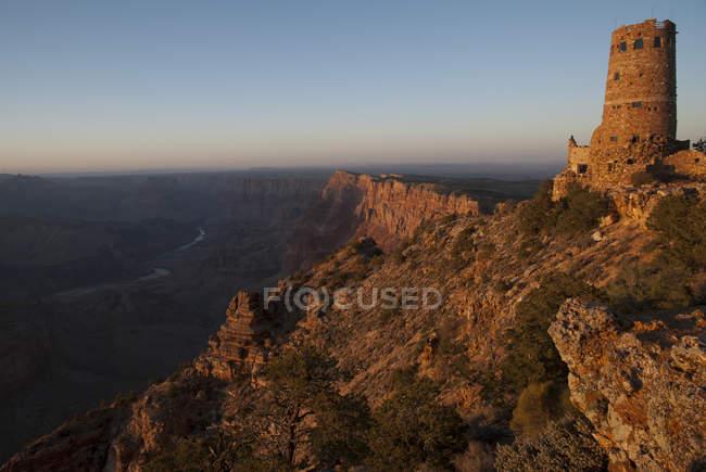 Vista por do sol do Grand Canyon de Desert View Watchtower, South Rim. Parque Nacional do Grand Canyon, Arizona — Fotografia de Stock