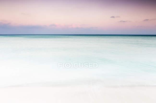 Beautiful view of Caribbean Sea at sunset, Isla Mujeres, Yucatan Peninsula, Mexico — Stock Photo