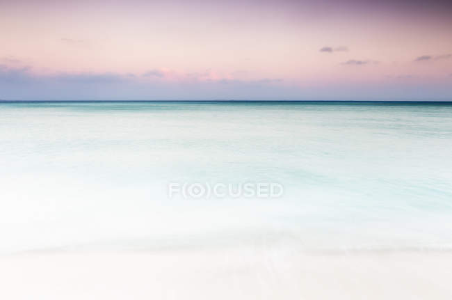 Beautiful view of Caribbean Sea at sunset, Isla Mujeres, Yucatan Peninsula, Mexico — Stock Photo