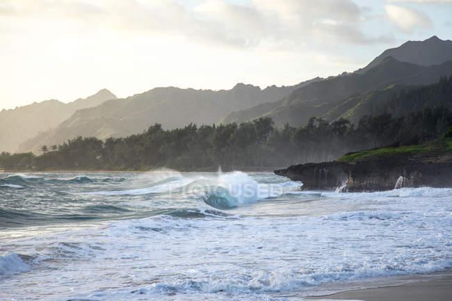 Ідеальний бочки хвилі на місці, як Ласкаво називають місцевим жителям ігровий майданчик — стокове фото