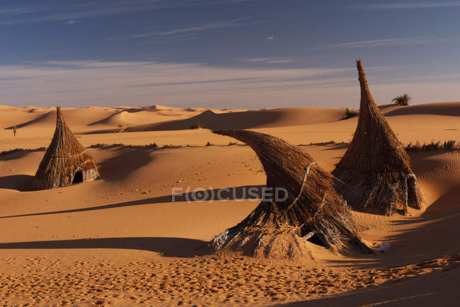 Beautiful scenic view of Desert and cloudy sky — Stock Photo