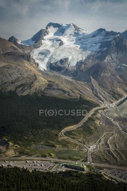 Glaciar Athabasca no campo de gelo Columbia, Alberta, no Canadá — Fotografia de Stock