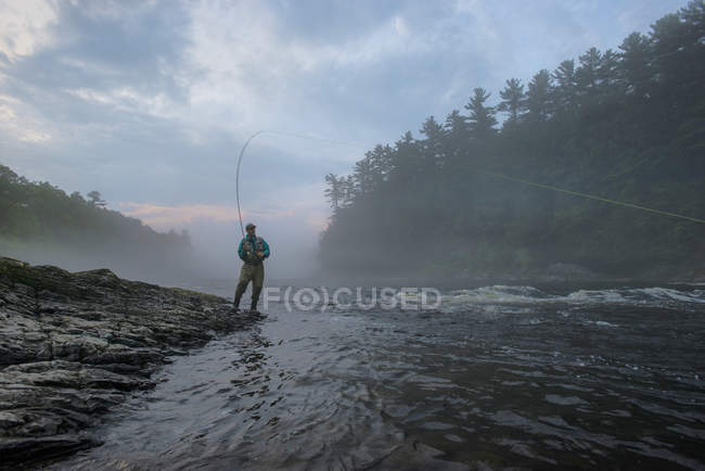 Fly Fisherman Fishing At Kennebec River, Maine — Stock Photo