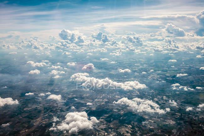 Облака над Центральный Таиланд — стоковое фото