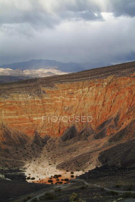 Ubehebe Crater, Parc National de Death Valley, Ca — Photo de stock