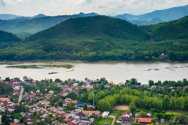Luang Prabang on Mekong river — Stock Photo