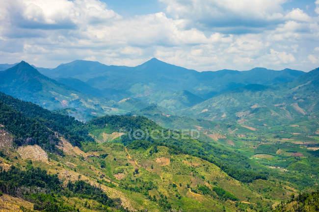 Vue de salhadine L piétonne, la Province de Khanh Hoa, Vietnam — Photo de stock