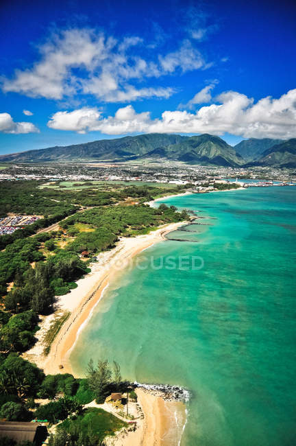 Aerial view of azure coastline on the island of Maui, Hawaii — Stock Photo