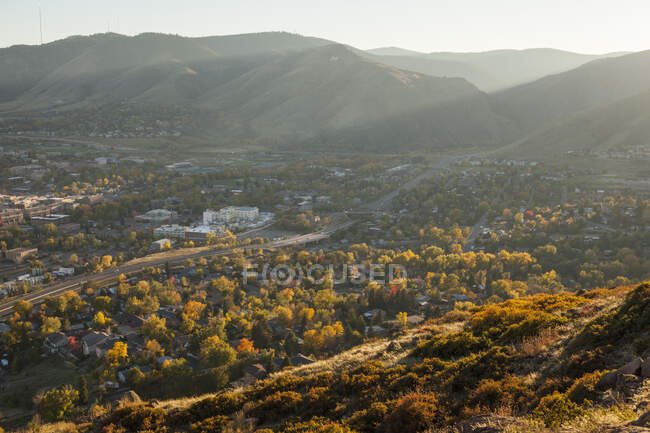 View of Golden, Colorado from Golden Cliffs on North Table Mountain. — Stock Photo