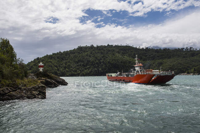 Passenger Craft, ferry, fjord, Chile — Stock Photo