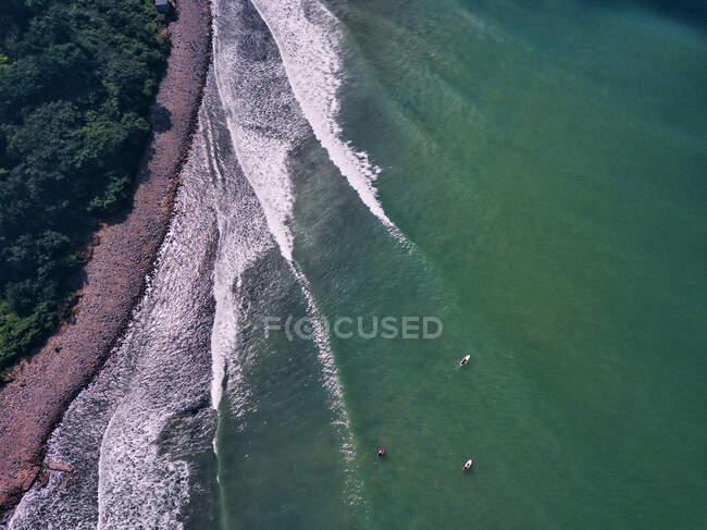 Vista aerea dei surfisti SUP, Triozerye, regione Primorsky, Russia — Foto stock