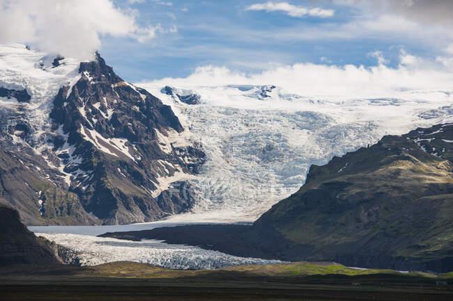 Majestic Skaftafellsjkull in South Iceland — Stock Photo