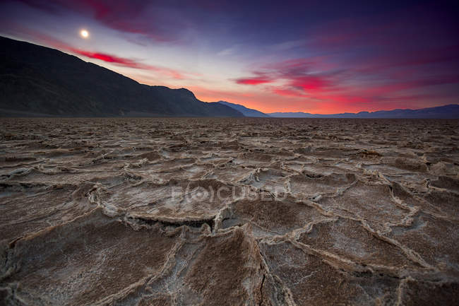 Sunrise on salt flats of Badwater, Death Valley National Park — Stock Photo