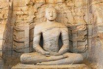 Buddha statue at Gal vihara temple in Polonnaruwa, Sri Lanka. — Stock Photo