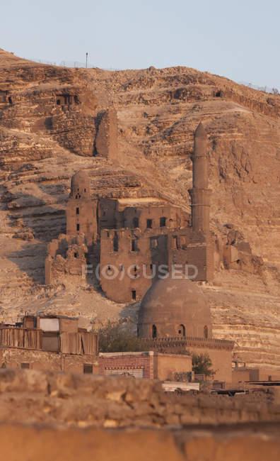 Vista da Mesquita e o túmulo de Shahin al Khalwati, Cairo — Fotografia de Stock