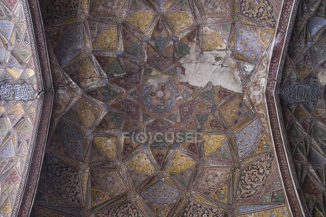 Стеля Wazir Хан мечеть, побудована в епоху Шах Джахан в межах стіною міста Лахор — стокове фото