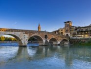 Rmerbrcke Ponte Pietra on the river Adige, Verona, Veneto, Italy, Europe — Stock Photo