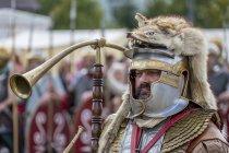 Römische Legionäre, Cornicen (Hornblower) auf ein Römerfest Biriciana, Fort, Weißenburg, Bayern, Middle Franconia, Deutschland, Europa — Stockfoto