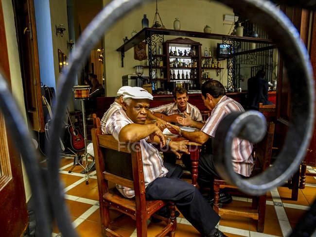 Musicisti cubani in un ristorante, Cuba, Havanna — Foto stock