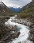 Scenic view of water stream in mountains — Stock Photo