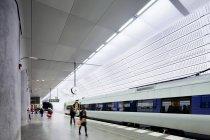 People on subway platform, selective focus — Stock Photo