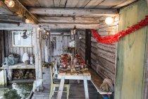 Патіо з свіжих раки на дерев'яні таблиць вечірці — стокове фото
