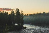 Malerischer Blick auf Byske Fluss im Morgengrauen — Stockfoto