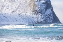 Surfer in Lofoten, Norway — Stock Photo