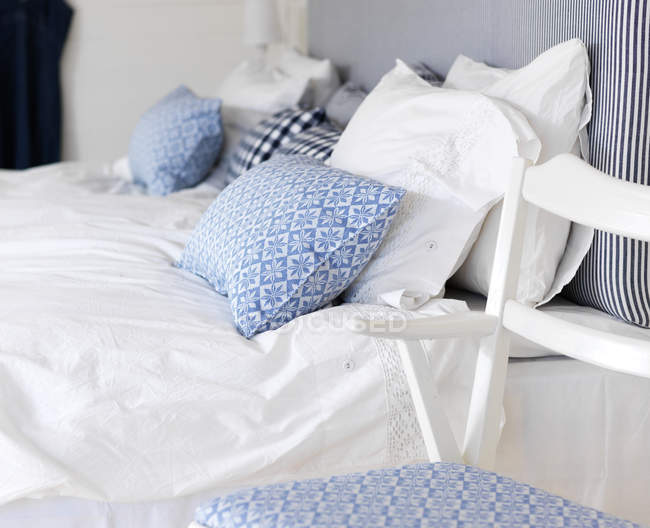 Close-up of bedroom with blue and white themed — Stock Photo