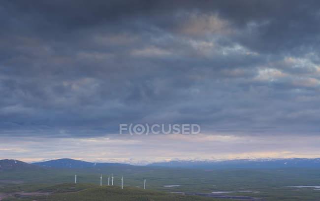 Landschaft mit Windpark in Kiruna, Schweden — Stockfoto