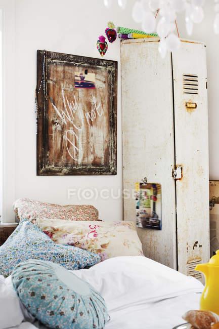 Vista frontal do quarto, interior da casa — Fotografia de Stock