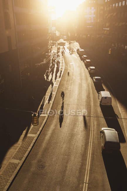 Улица на закате, избирательный фокус — стоковое фото