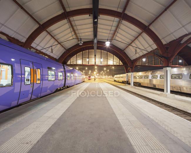 Interior iluminado de Estação Central de Malmö — Fotografia de Stock