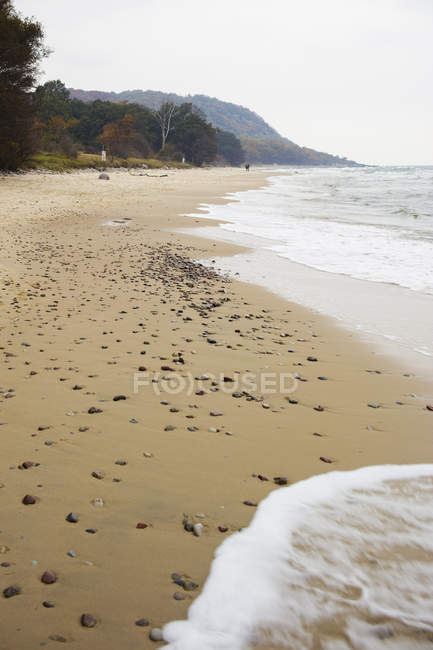 Coastline of sandy beach, selective focus — Stock Photo